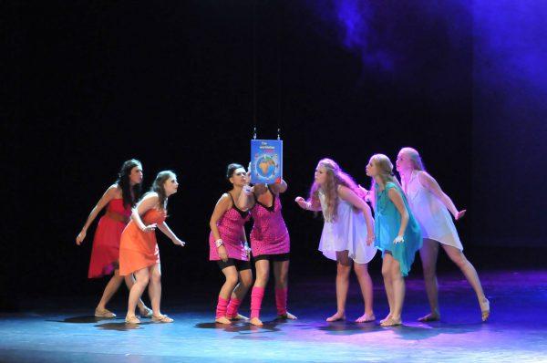 Ghislaine Dance Company - kledingverhuur - nachtjapon panterprint roze